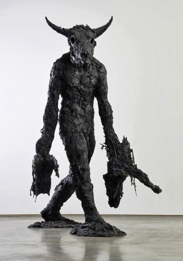 Nicola Hicks – Banker II – 2009 / sculpture