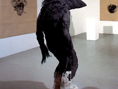 Nicola Hicks – MrCrow / sculptures