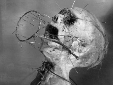 Olivier de Sagazan – Macabres sculptures