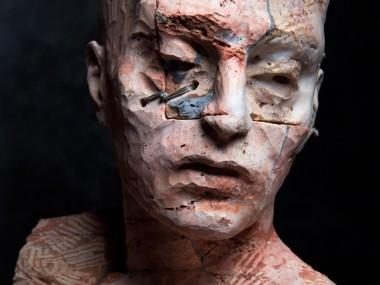 Christian Zucconi – Testa – Stone sculptures