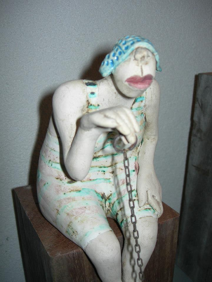 Ans Vink – Pulling The Plug / sculptures figuratives (Pays-bas)
