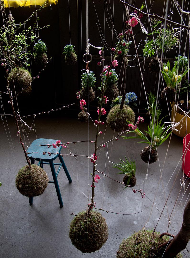 Fedor van der Valk – aerial garden decoration