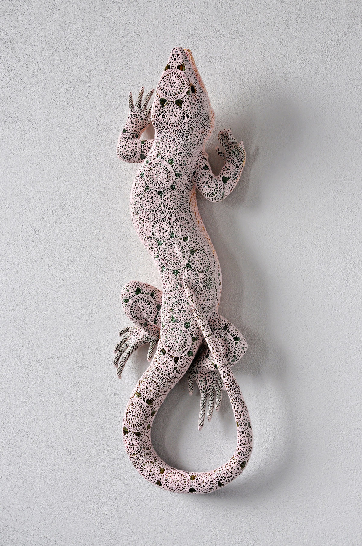 Joana Vasconcelos – Lezard sculpture dentelles Art