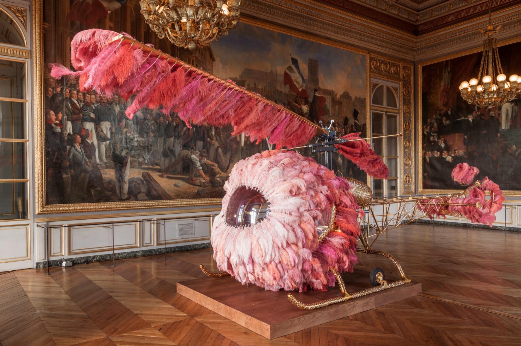 Joana Vasconcelos – Sculpture Lilicoptere