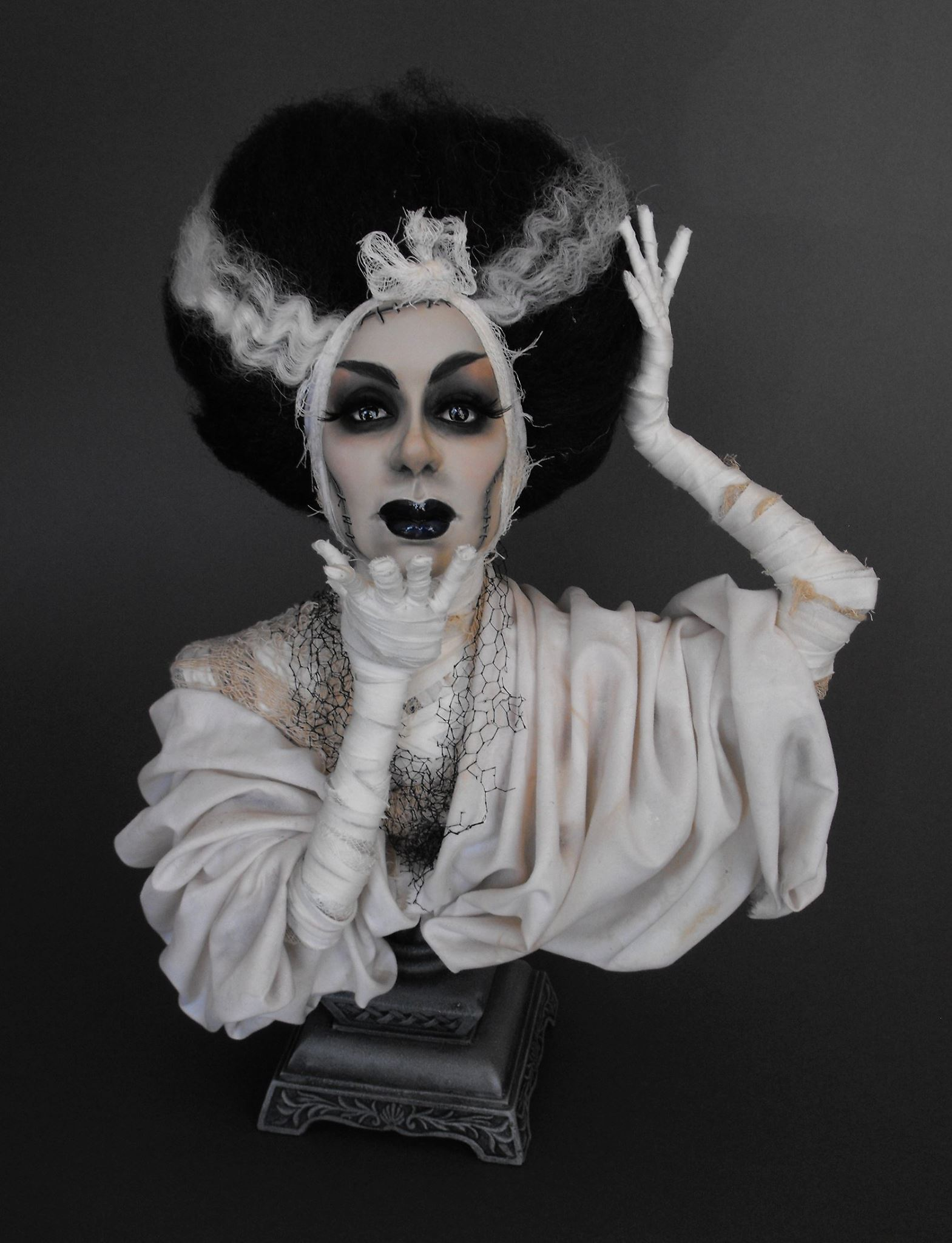 Dustin Poche – The Bride of Frankenstein Art doll