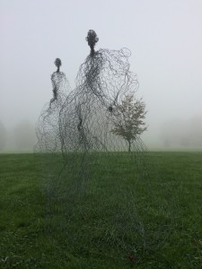 Magic Wire mesh sculpture by Pauline Ohrel