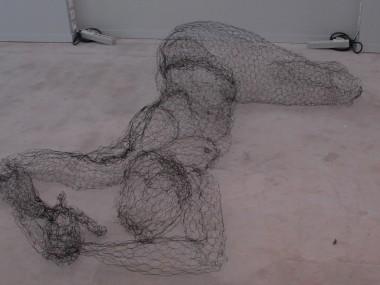 fil de fer sculptures by Pauline Ohrel – personnage