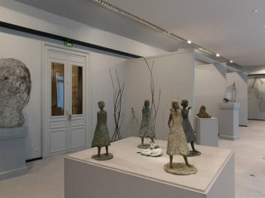 fil de fer sculptures by Pauline Ohrel- expo