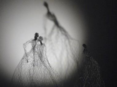 fil de fer sculptures by Pauline Ohrel