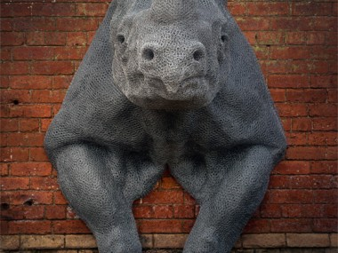Kendra Haste – RHINOCEROS – Steel armature & painted galvanised wire