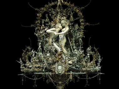 Kris Kuksi –  Reticent affair- sculpture