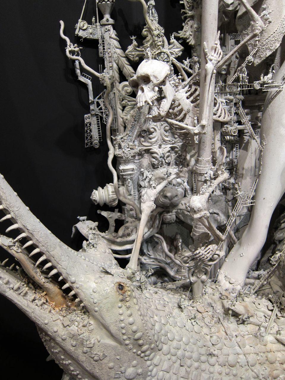 Kris Kuksi – sculpture -details