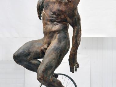Grzegorz Gwiazda – sculpture cyclist