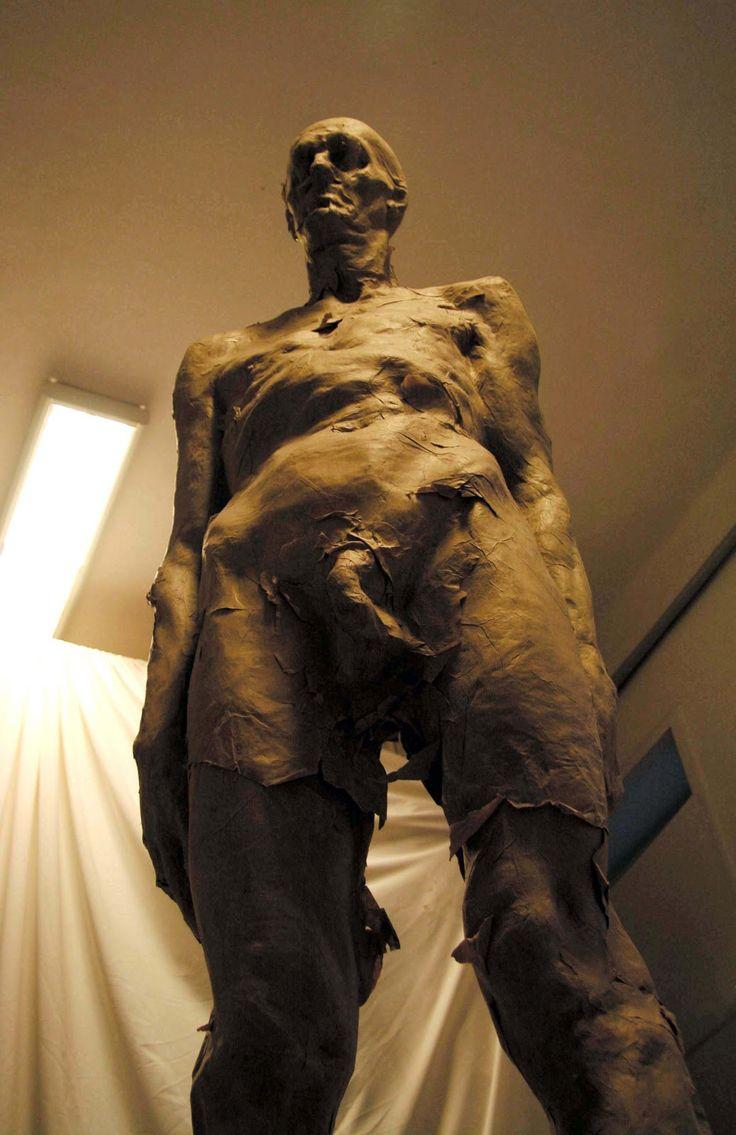 Grzegorz Gwiazda – sculpture