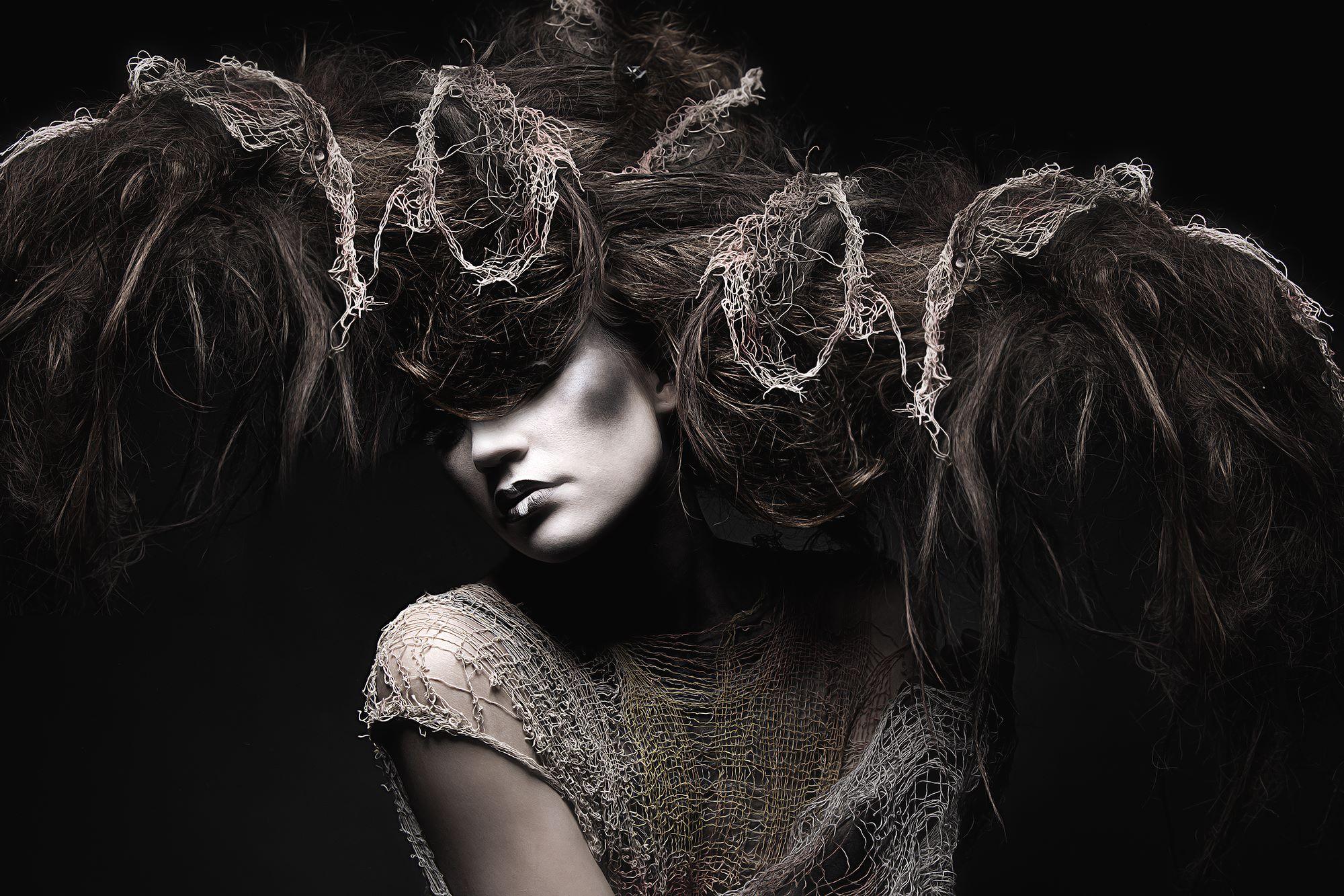 Stefan Gesell - Photographer - VENUS Gallery