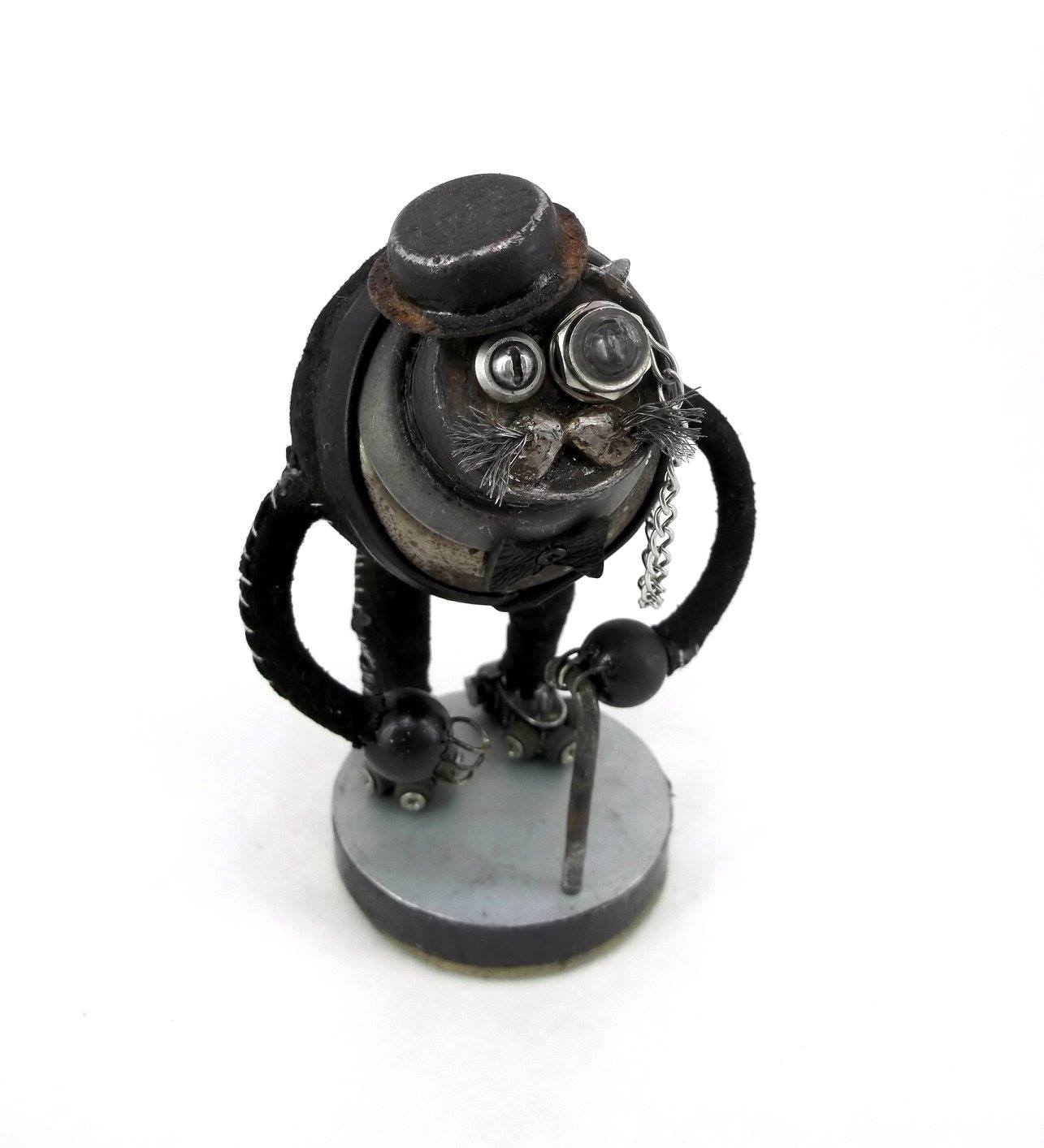Steampunk sculptures – Igor Verniy – Old Mister Cat