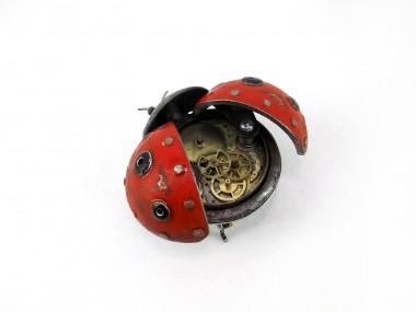 Steampunk sculptures – Igor Verniy – coccinelle
