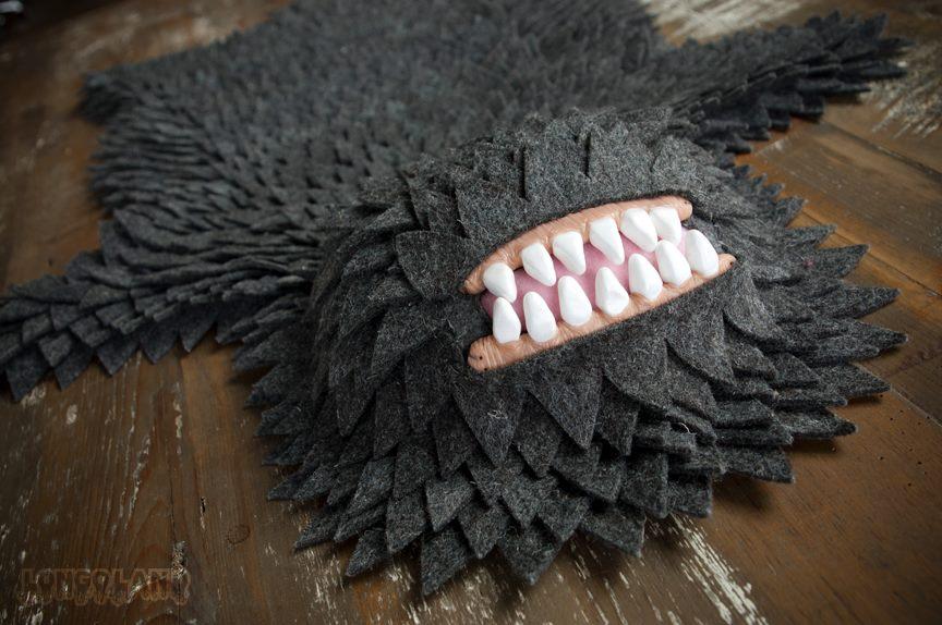 Joshua Ben Longo – Monster Skin Rug – Textiles sculptures