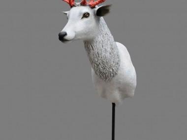 Mélanie Bourlon – Papier maché sculptures Cerf