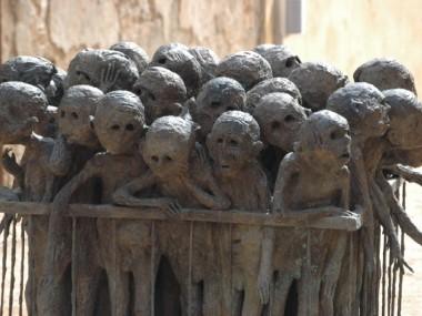 Marc Petit – La quarantaine sculpture