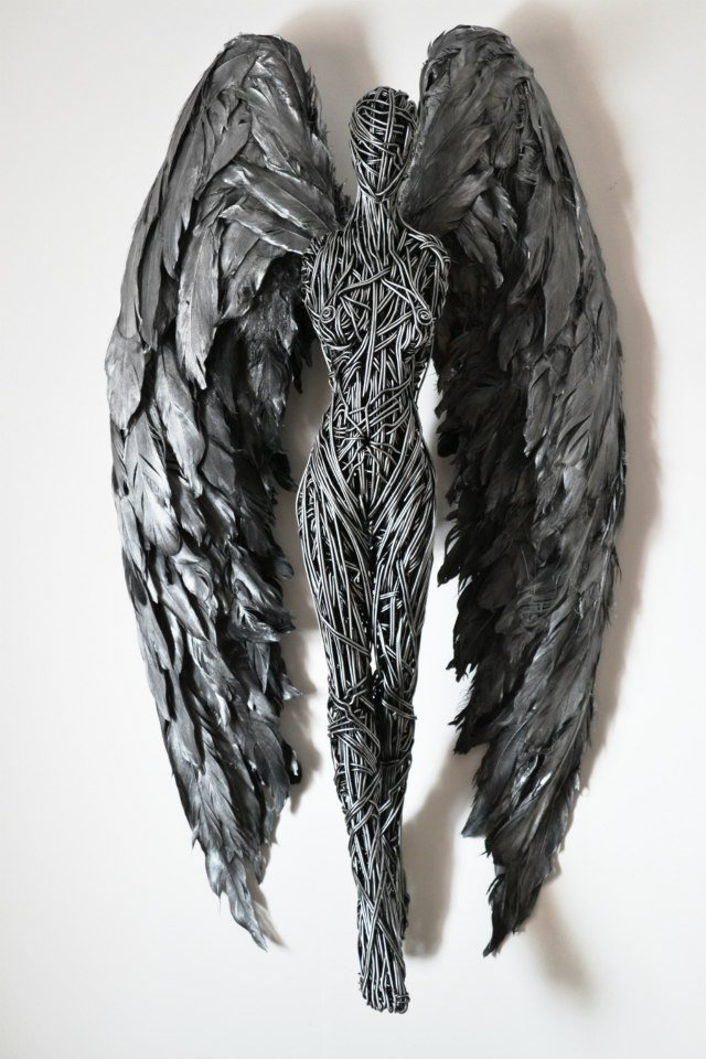 Richard Stainthorp – Wire Sculpture angel