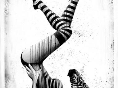 Sit Haiiro – zebra girl