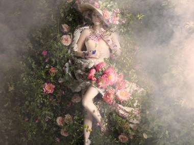 Alexia Sinclair – PERFUMIER'S ROSE photography