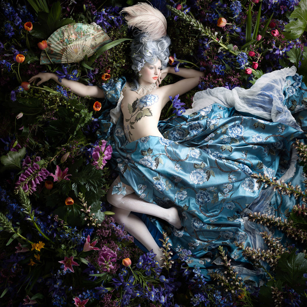 Alexia Sinclair – THE PERFUMED GARDEN