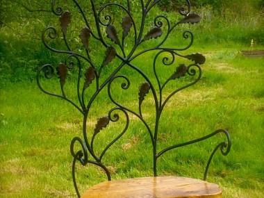 David Freedman – Oak leaf throne – Metal