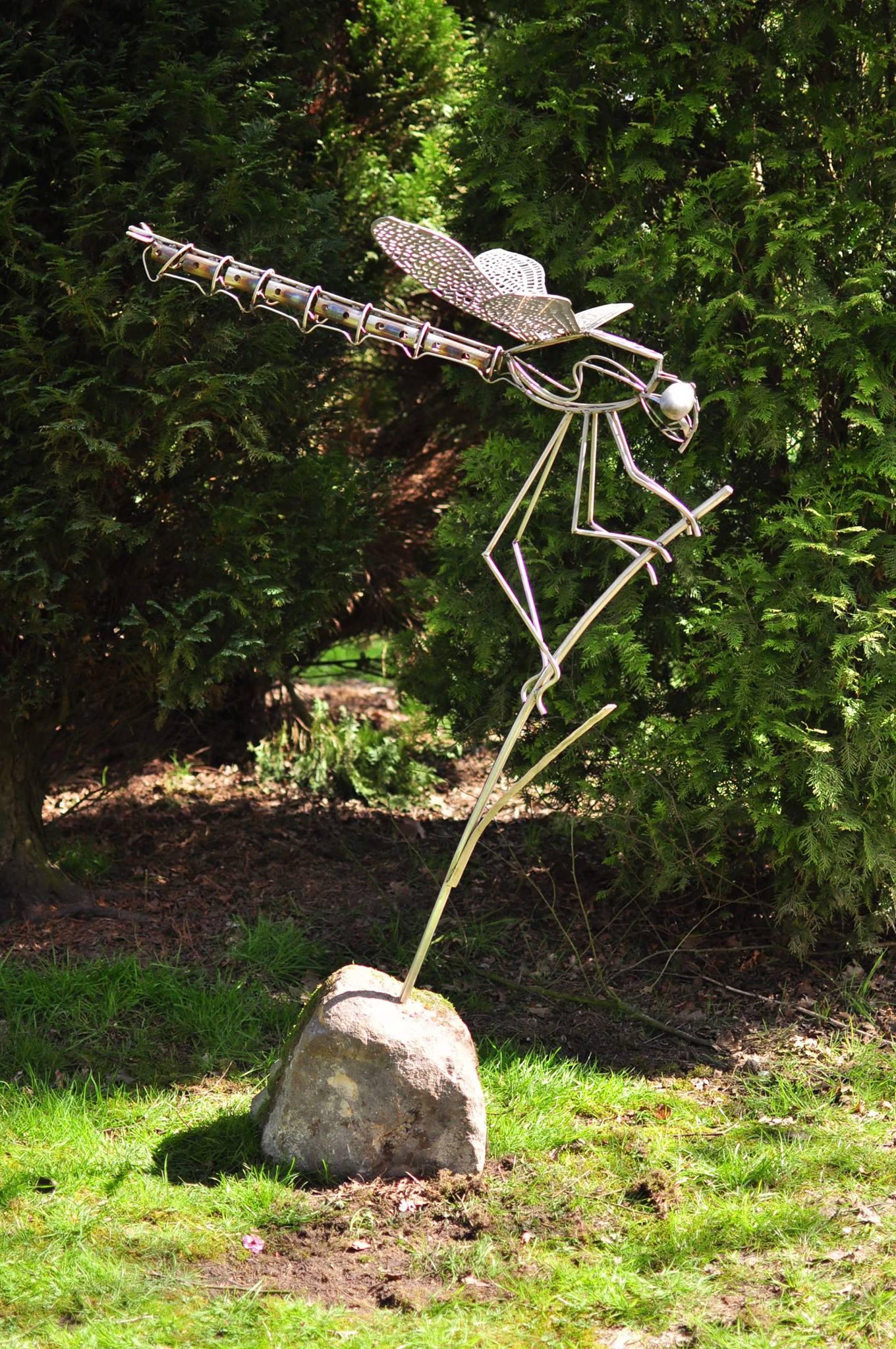 David Freedman – Stainless steel dragonfly sculpture