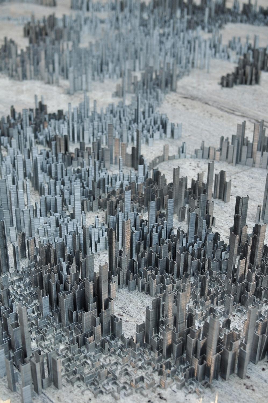 Peter Root – 100,000 staples installation
