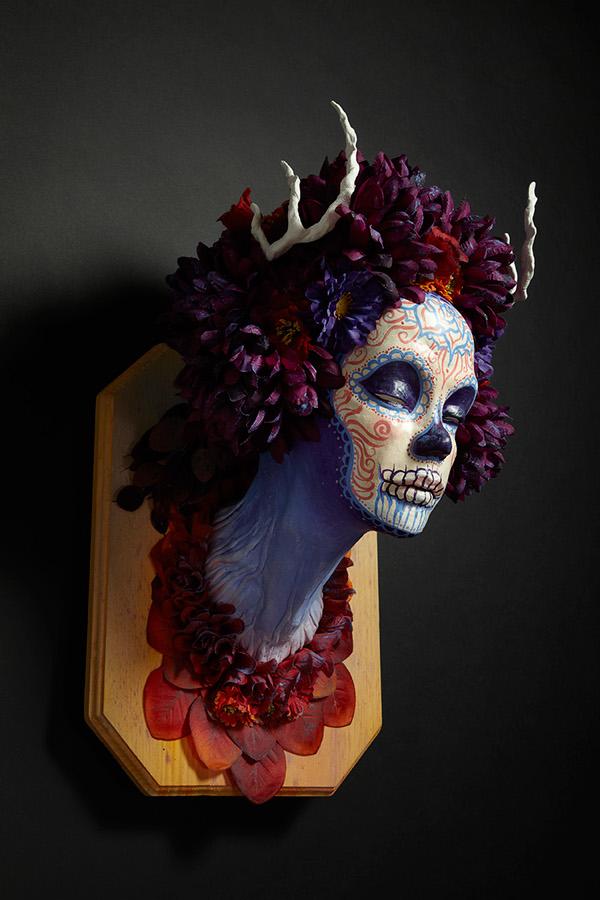 Krisztianna Ortiz - Momma Muertita - Trophee sculpture