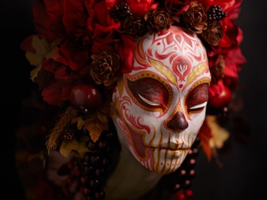 Krisztianna Ortiz -Trophee sculpture – Crimson Harvest Muertita