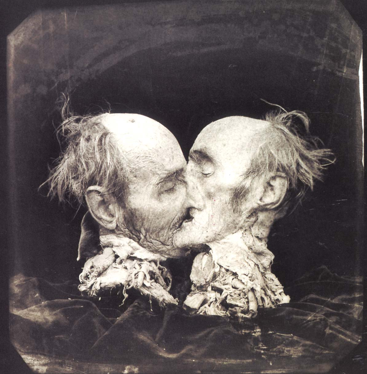 Joel Peter Witkin photography – Le baiser