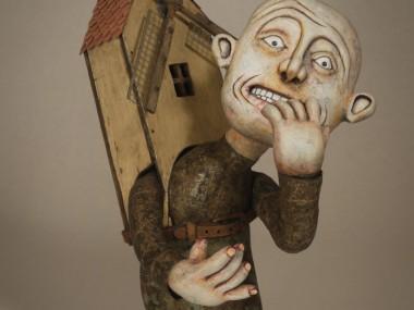 Kevin Titzer Sculptures – Nail Biter – 2010