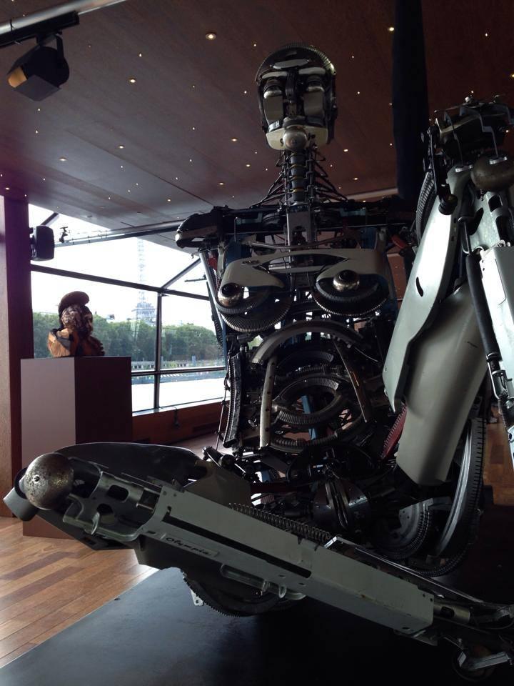 Jeremy Mayer – Typewriter assemblage sculpture robot