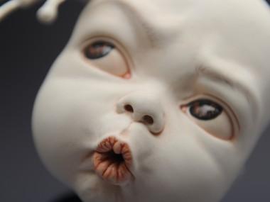 "Johnson Tsang – Sculpture ""Oops"""