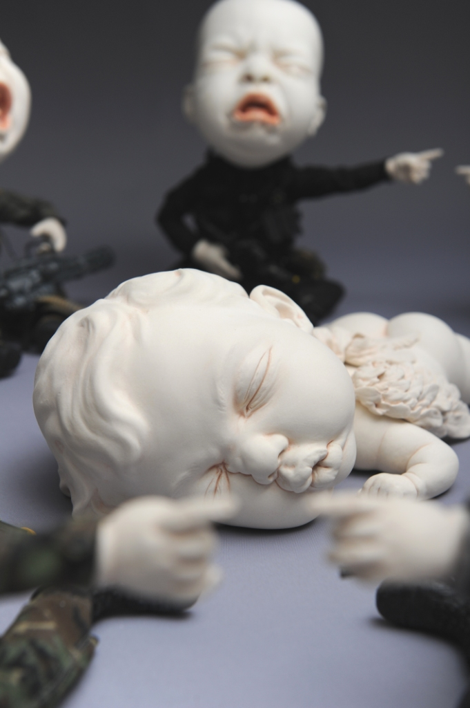 "Johnson Tsang – Sculpture ""Who Did it? Again!"""
