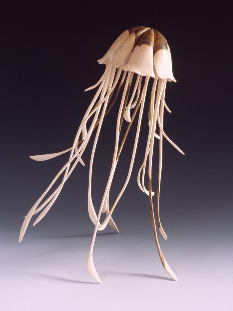 Alain Mailland – Sculpture The elegance of Pelagie – Pistachier