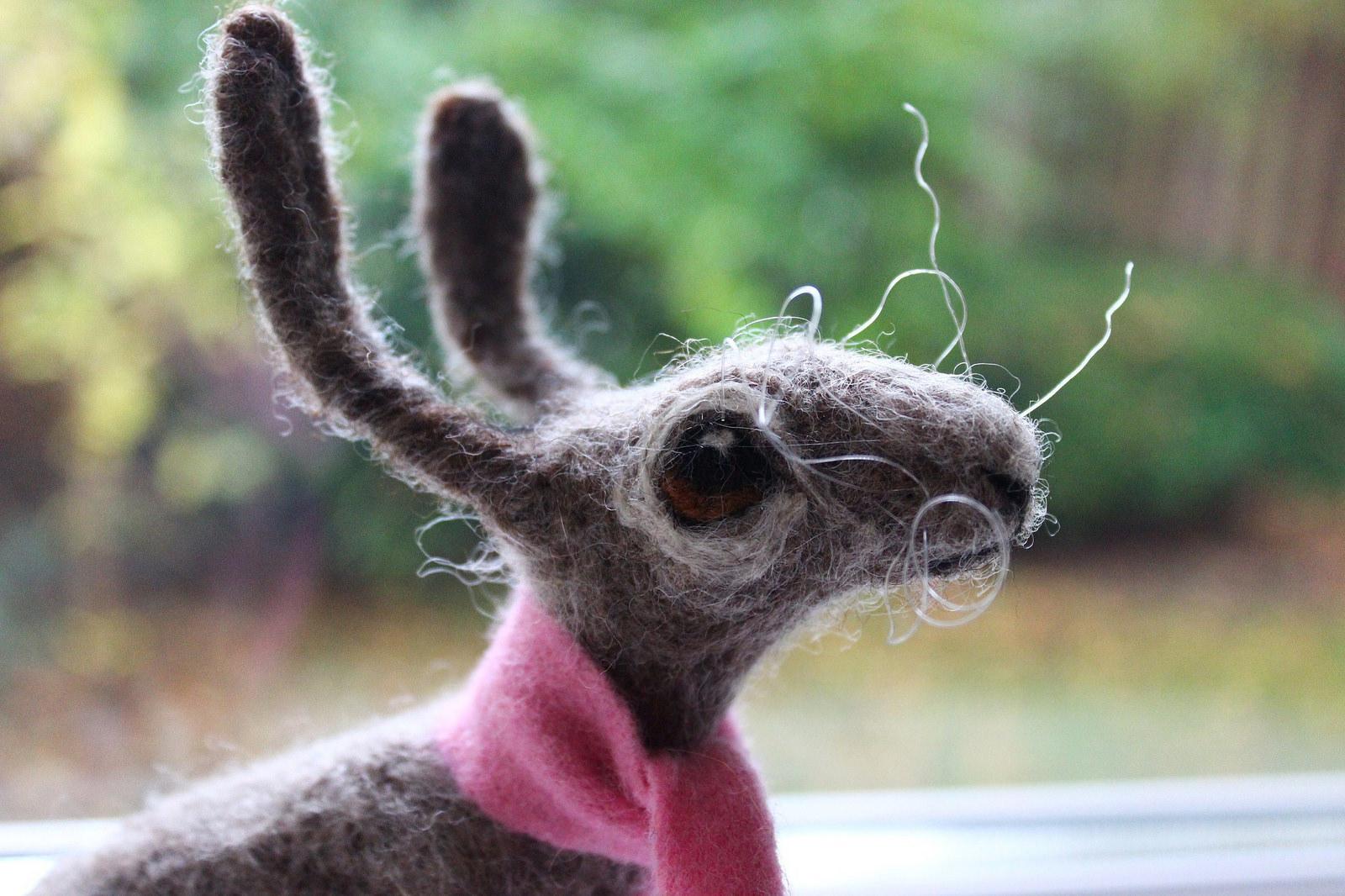 Dee McCracken – wool bunny sculpture