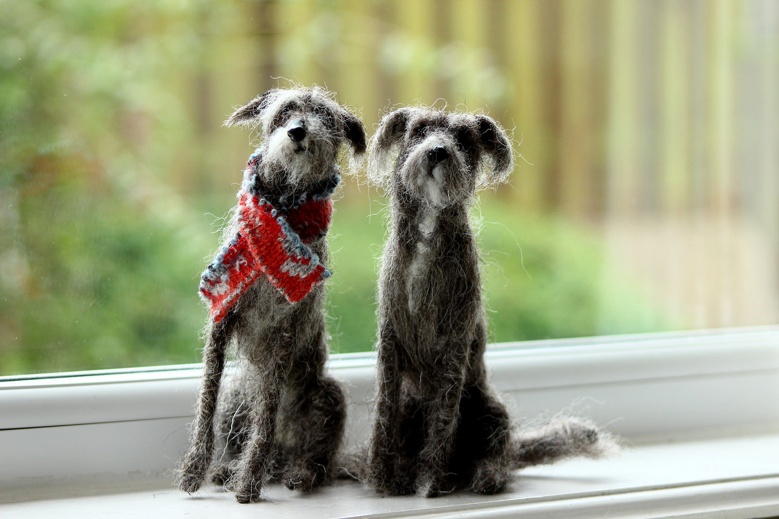 Dee McCracken – wool sculpture – lurchers