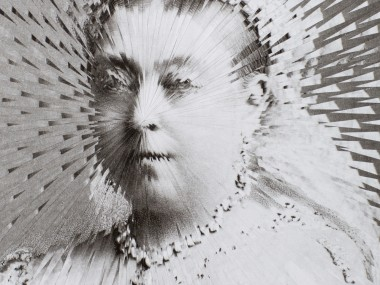 Lola Dupré – Paper collage – Exploding Queen Victoria, 29x21cm