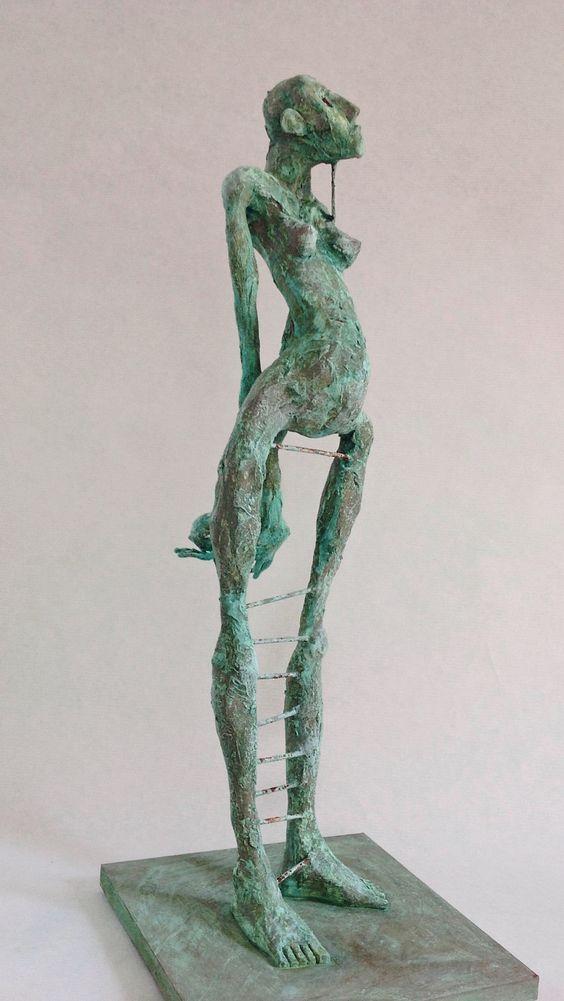 Pablo Hueso – Sculpture – figura-ne346-2016