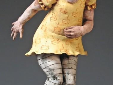 Magda Gluszek – Too Much Cake, 2006, terracotta