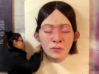 Hyper realistic Sculpture Santissimi Requiem 2012