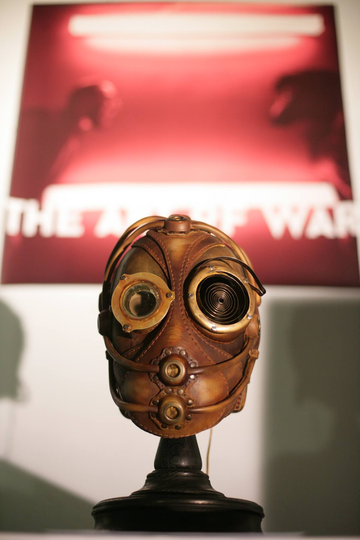 Bob Basset – Steampunk Art Leather Gas Mask