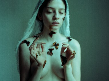 Laura Makabresku – Mystic photography – Transfiguration