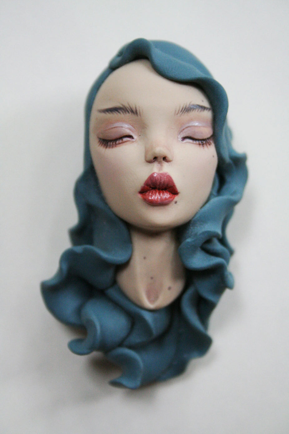 Octoplum Beautiful dolls art sculptures