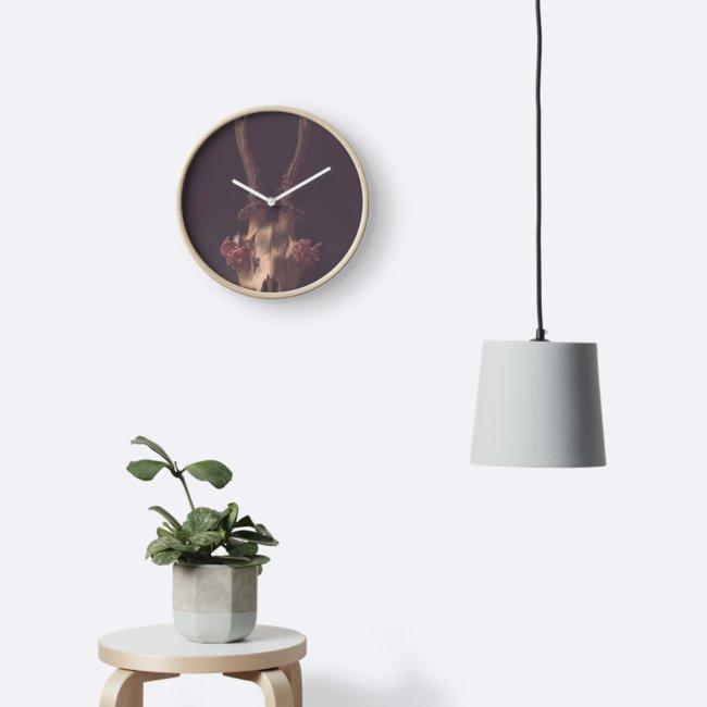 deer skull clock