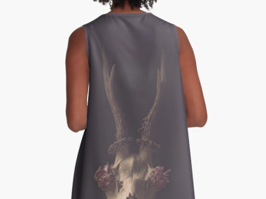 deer-skull-robe dress print